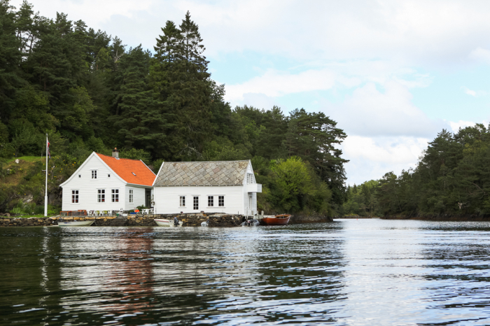 Lake House in Bergen Norway