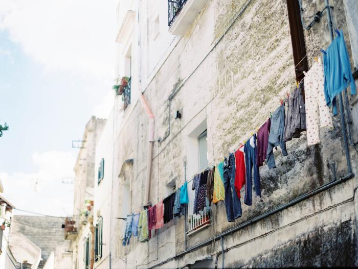 Washing hanging in the Sassi