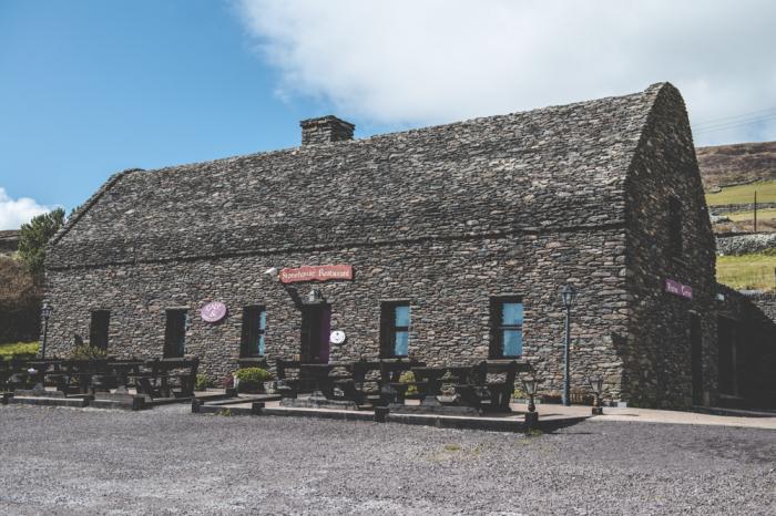 Ireland Stone Building : Stonehouse restaurant of dingle ireland entouriste