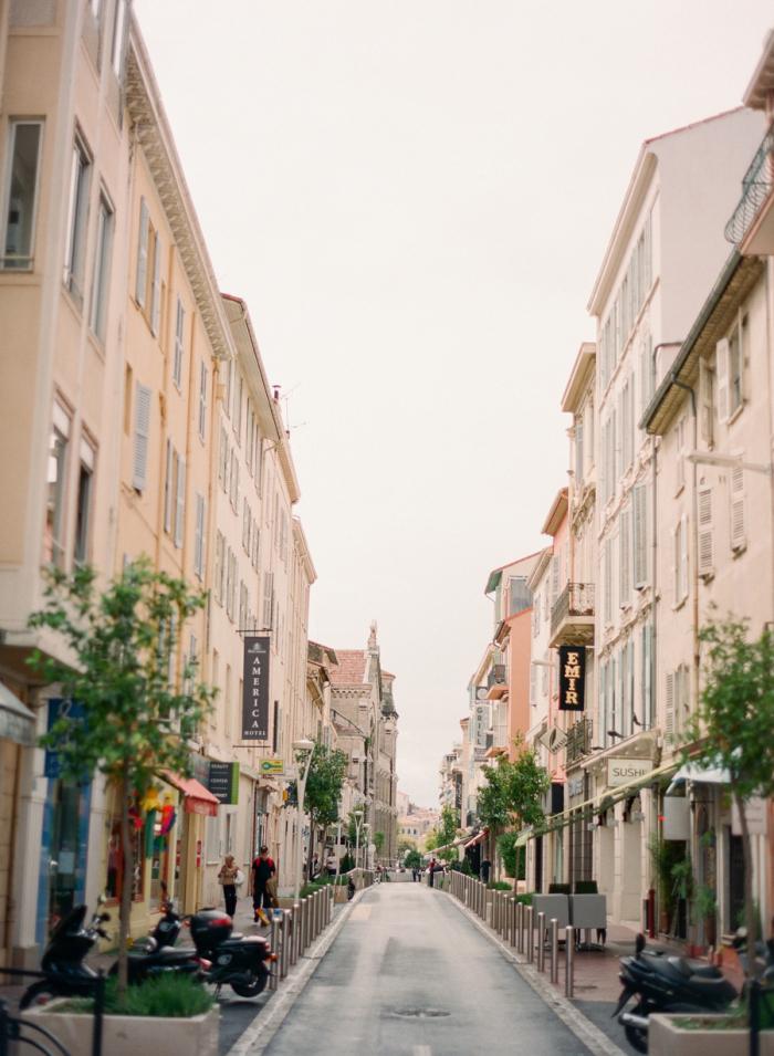 streets of monaco entouriste. Black Bedroom Furniture Sets. Home Design Ideas