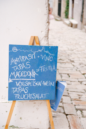 Cafe Sign in Croatia