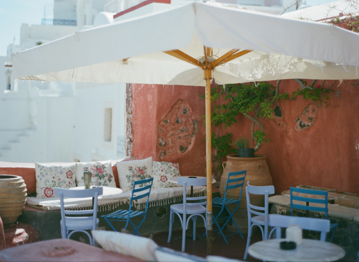 Outdoor Dining in Santorini