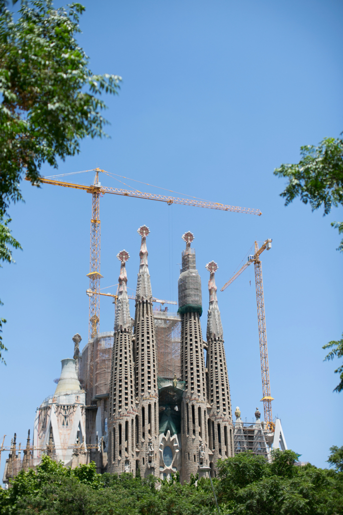 La sagrada familia in barcelona spain under construction for La sagrada familia barcelona spain