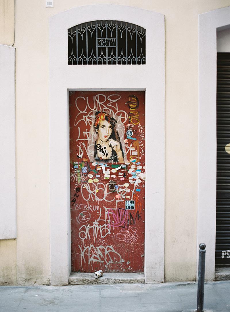 Red Door And Street Art In Barcelona Spain Entouriste