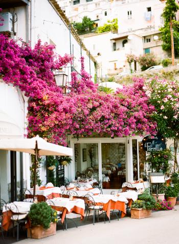 Outdoor Dining in Positano Italy