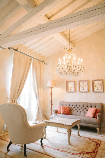 Villa Seating at the Borgo Santo Pietro