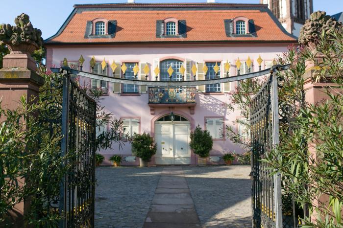 Gate to the Garden House at Prinz Georg Garten in Darmstadt Germany - Entouriste