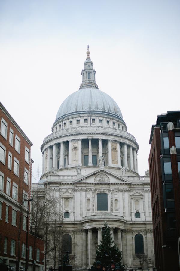 Saint Paul Cathedral in London England - Entouriste