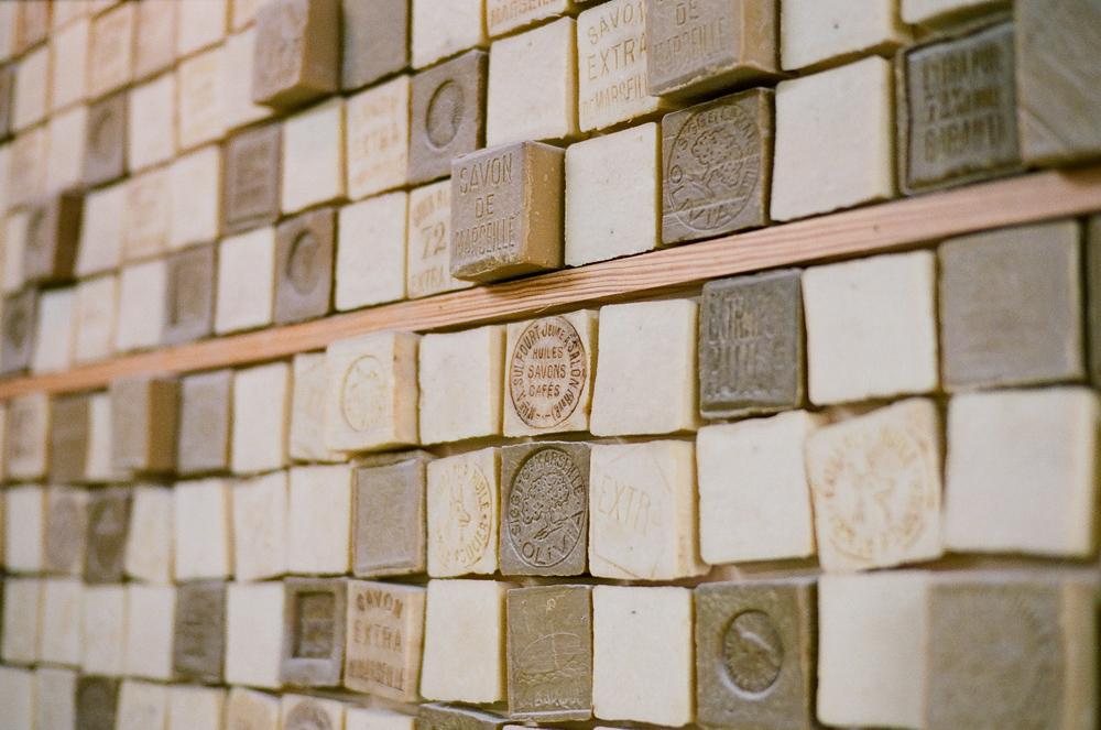 soaps at ramal latour in salon de provence france entouriste. Black Bedroom Furniture Sets. Home Design Ideas