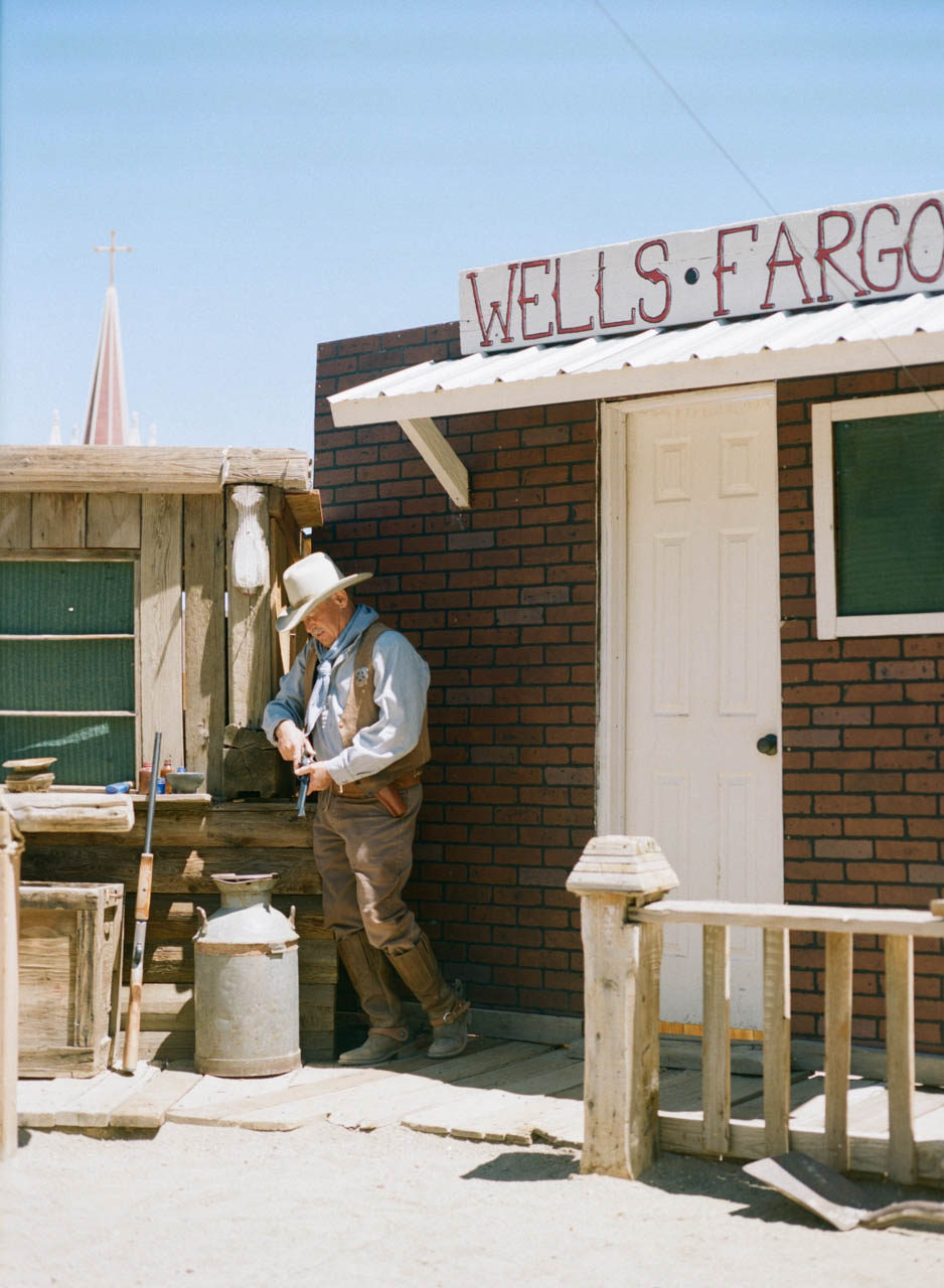 Wells fargo building in virginia city nevada entouriste for Builders in va
