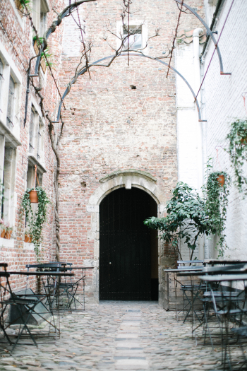 Patio Dining in Antwerp Belgium